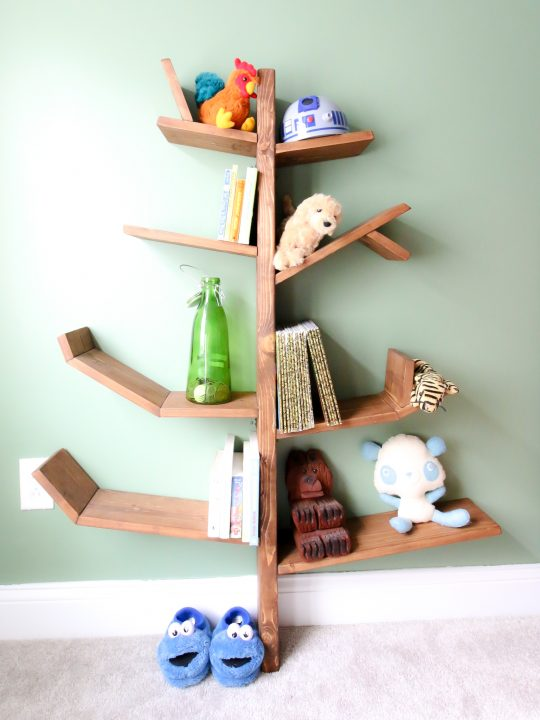 Final picture of tree shelf