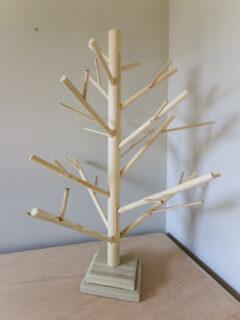 DIY dowel christmas tree