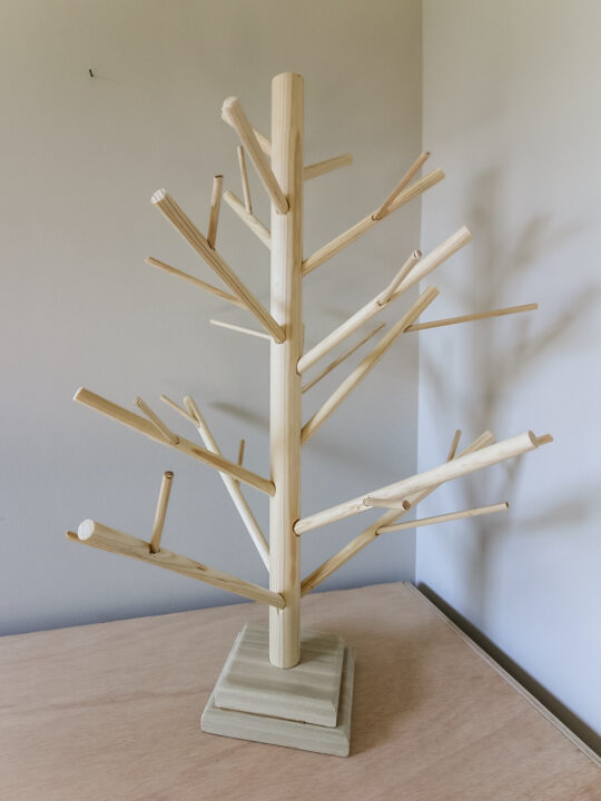 DIY dowel christmas tree
