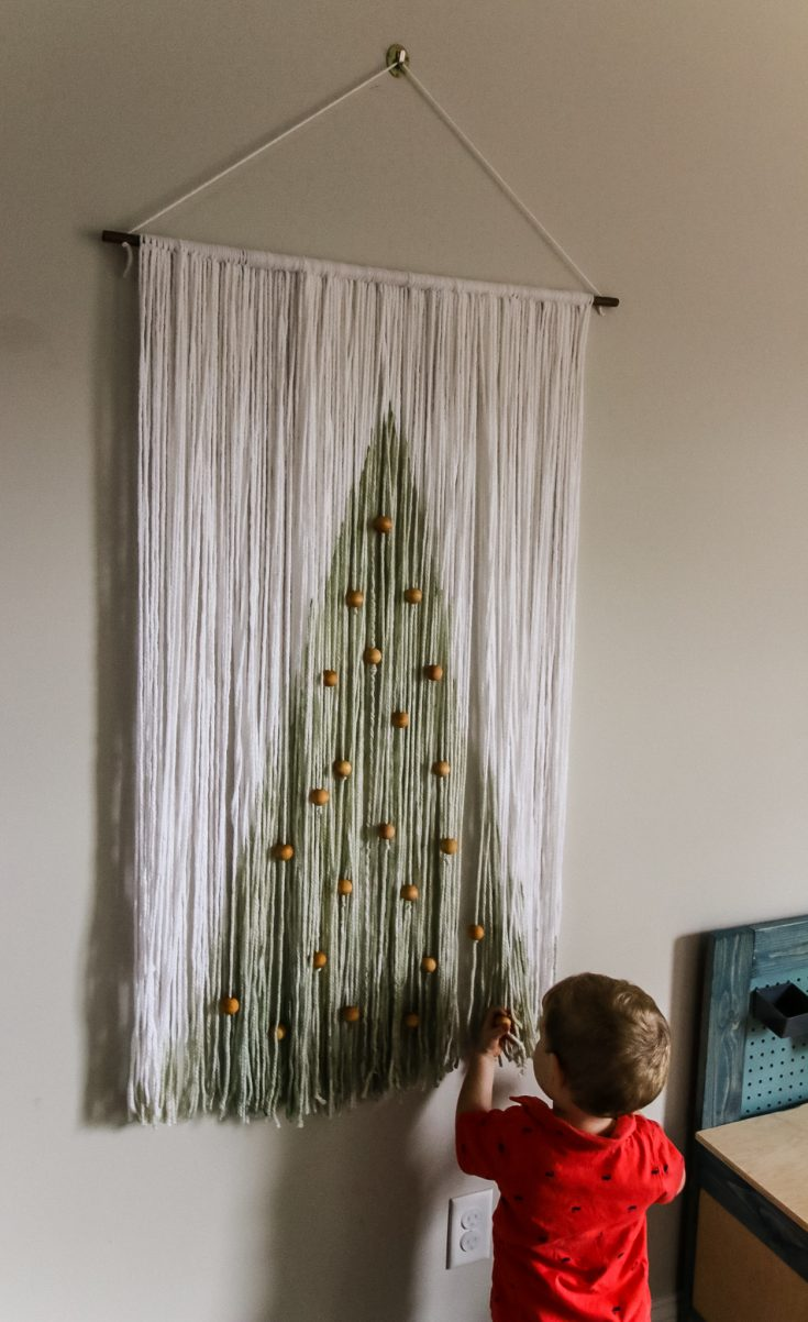 DIY rope & wood boho style Christmas wall hanging
