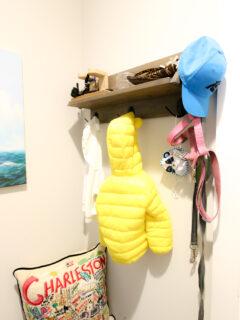 DIY entry shelf with black metal hooks
