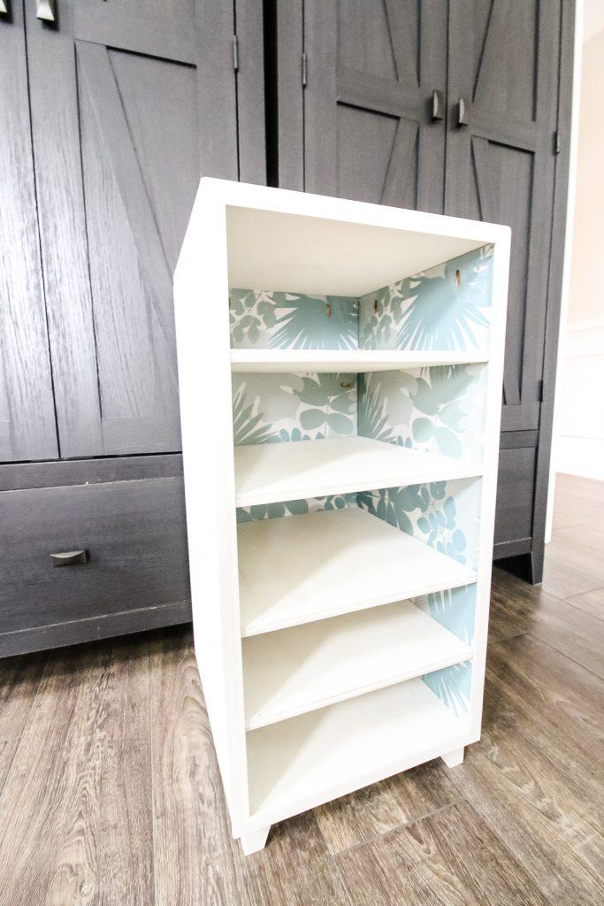 Empty DIY shoe shelf