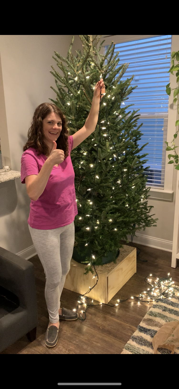 why you should hang lights on your christmas tree vertically