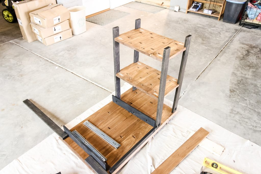 Constructing simple writing desk