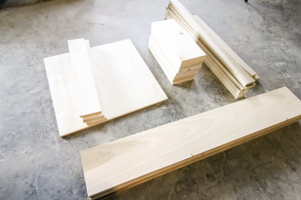 Cuts for simple writing desk