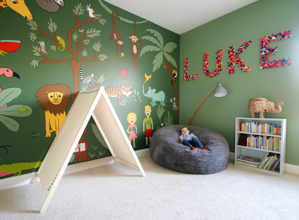 jungle theme toddler bedroom