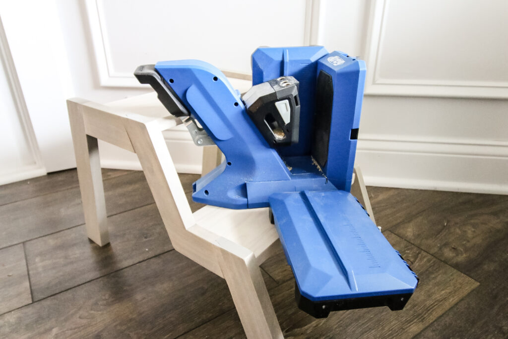 Modern Step Stool made with Kreg 720 Pro