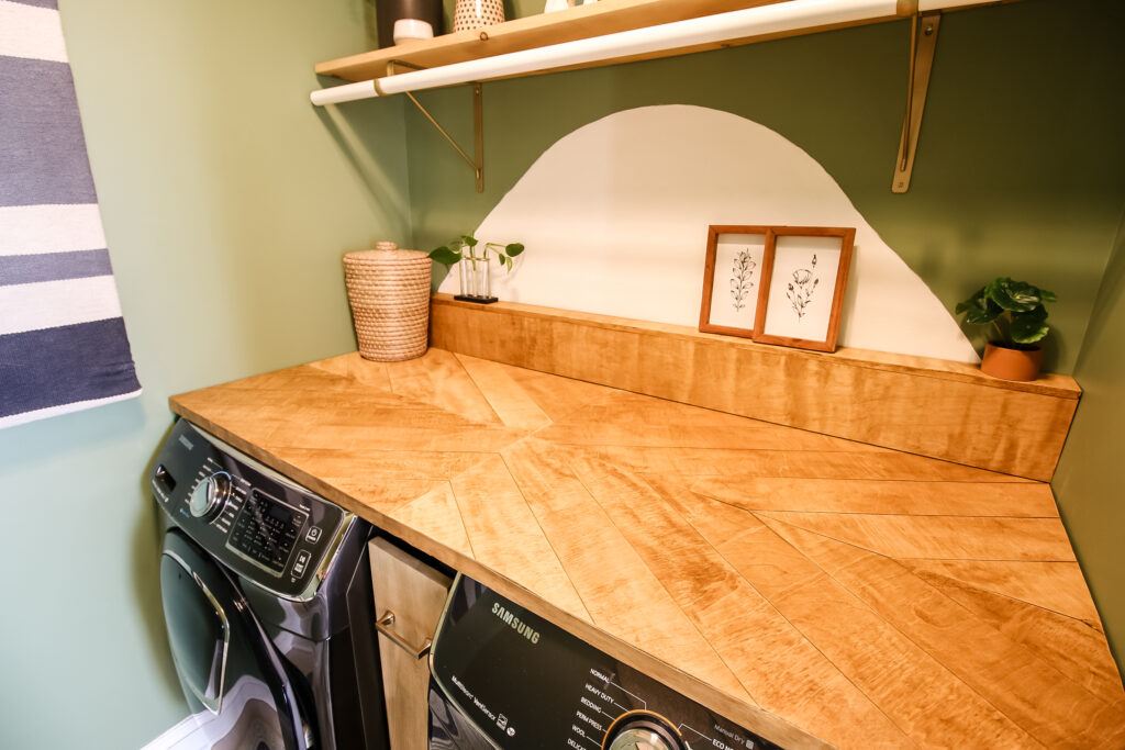 Horizontal picture of countertop