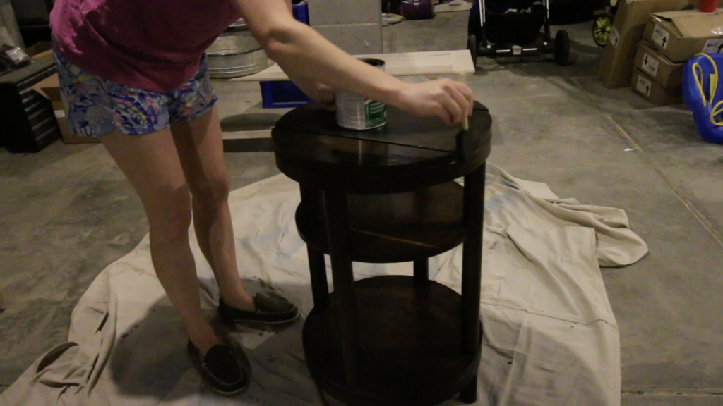 applying spar urethane to wood furniture for outdoor use