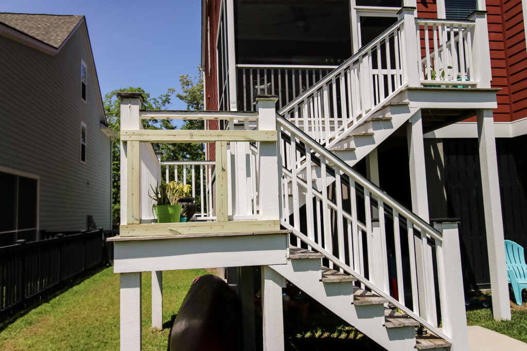 Slide entrance assembly attached to deck