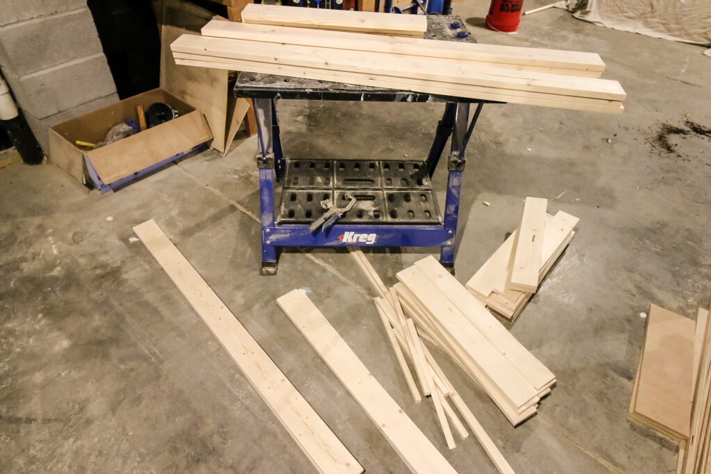 All cuts of pieces for potting bench