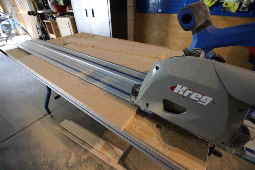 Kreg Adaptive Cutting System cutting plywood