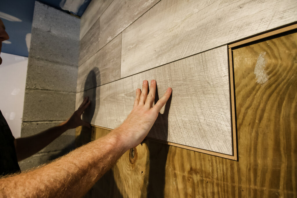 Installing laminate flooring plank for accent wall